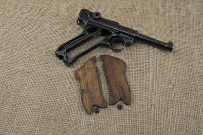 Consecutive Numbered 1941 KU Mauser/Luftwaffe P.08 9mm Luger Pistols -